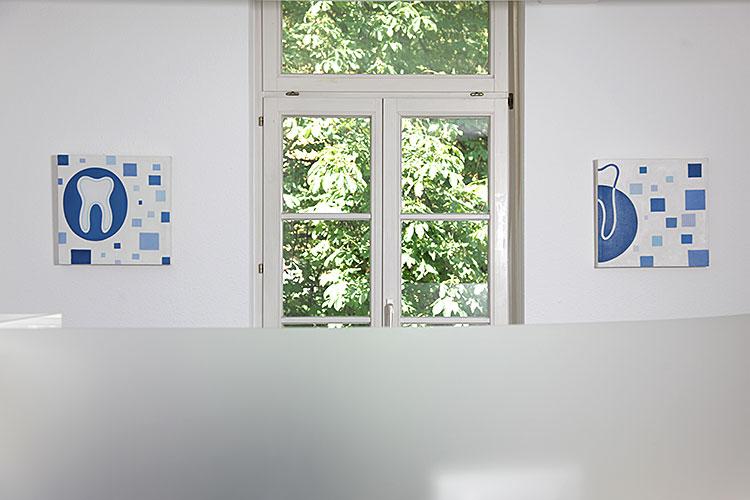 zahnarzt-freiburg-schneider-rezeption_05
